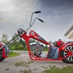 Motocicleta gigant